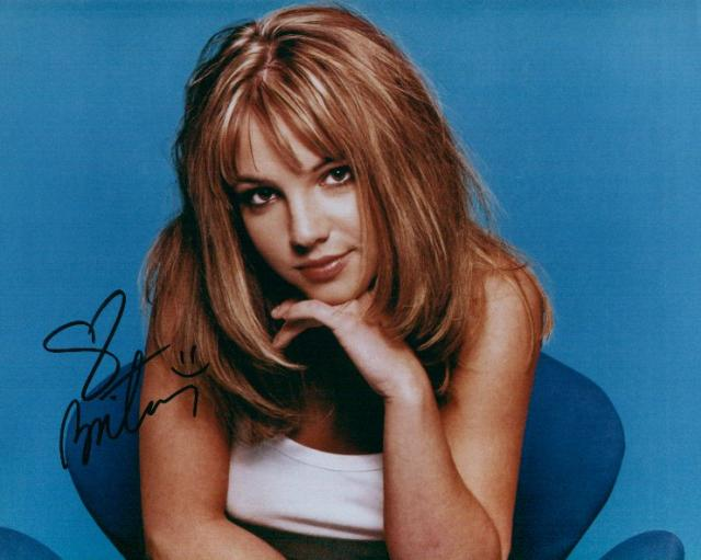 Britney Spears 1 (10x8)   Excellent Signature.