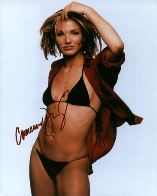 Cameron Diaz 1 (10x8)   Excellent Signature.