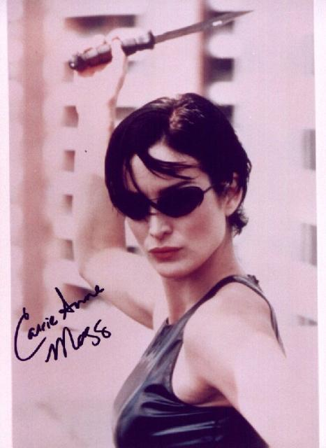 Carrie Anne Moss 1 (10x8)   Excellent Signature.