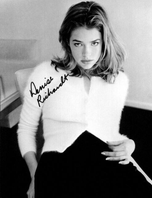 Denise Richards 4 (10x8)   Excellent Signature.