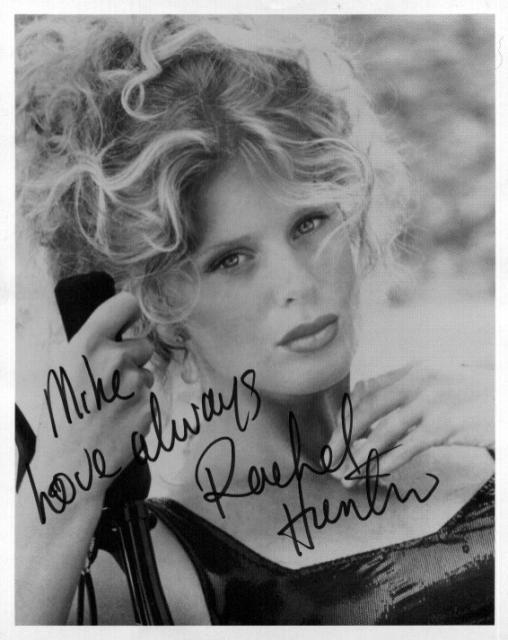Rachel Hunter 2 (10x8)   Excellent Signature.