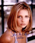 Sarah Michelle Gellar 4 (10x8)   Excellent Signature.