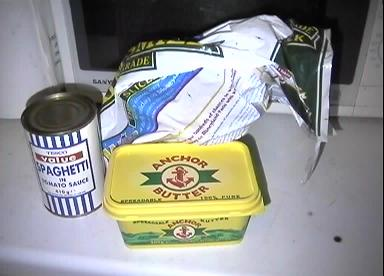 Spagetti on toast 1: The ingredients.